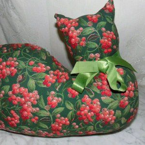 VINTAGE~STYLE CLOTH~MISS KITTY~BERRY  FABRIC~BX70